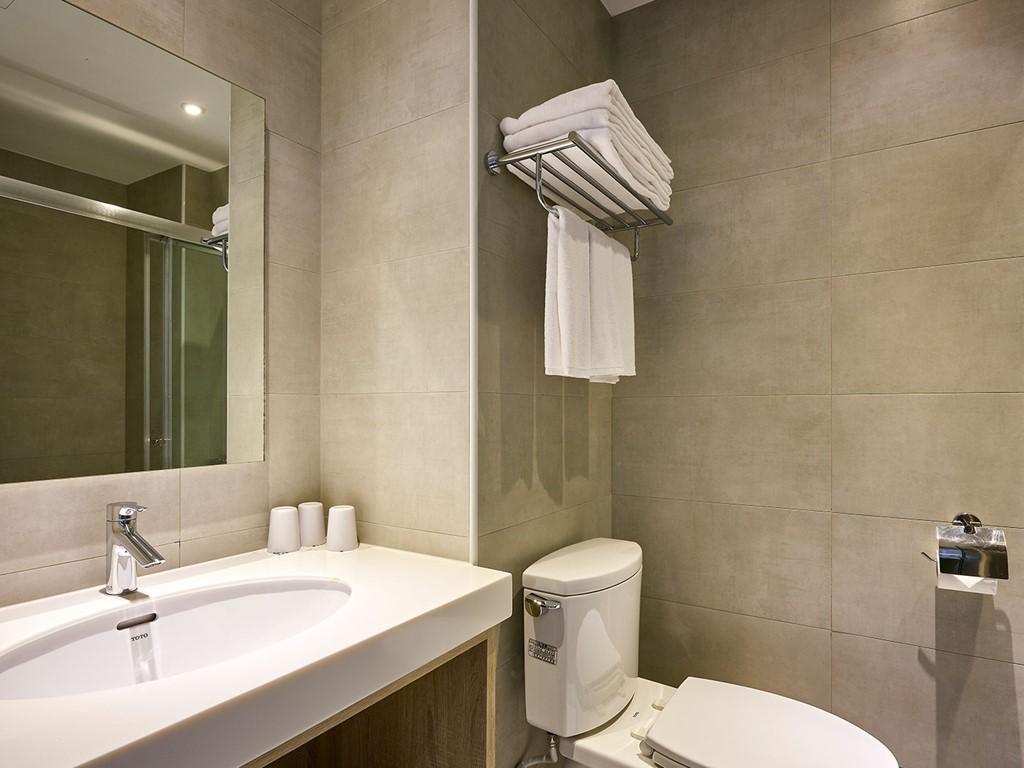 豪華三人房衛浴設備