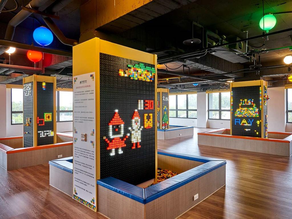 發光積木遊戲室(積木館3樓)